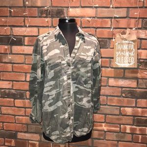 💚🇺🇸 Camo Soft Button Up Cute for Fall Trendy